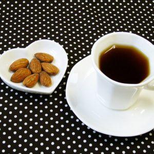 ラブタイムカフェ。アーモンドバニラのカフェインレスコーヒー